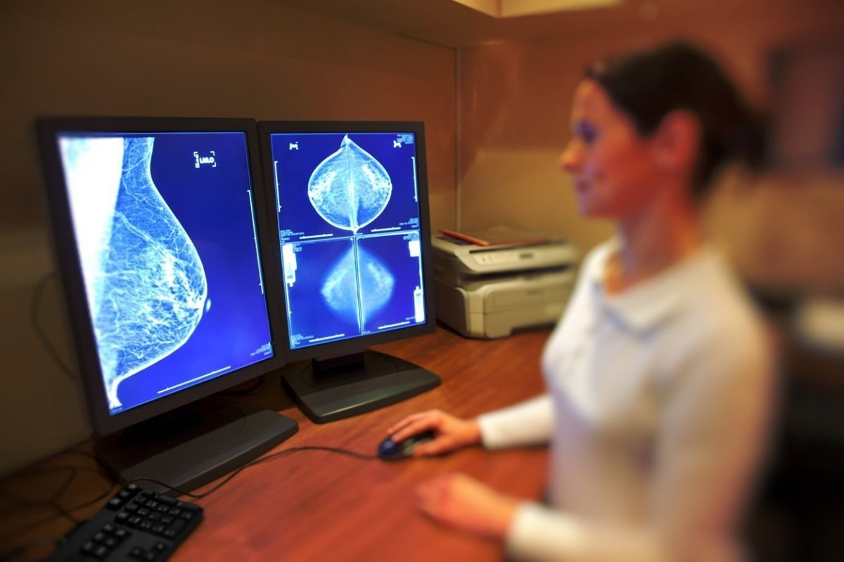 mammogram scans being reviewed