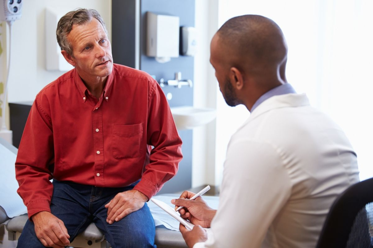 patient and doctor discussing prostate cancer screening