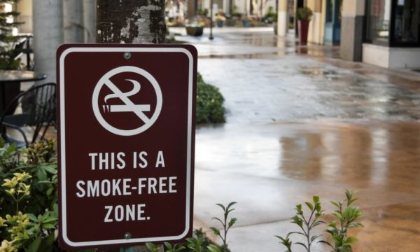 "Sign saying ""This is a smoke-free zone"""
